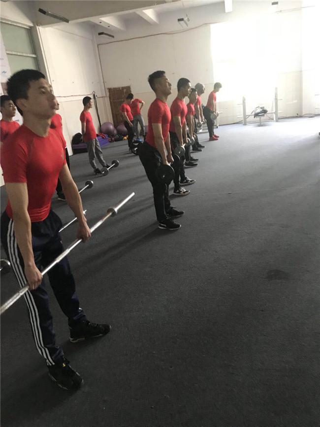 健身专业集体活动 (6).jpg